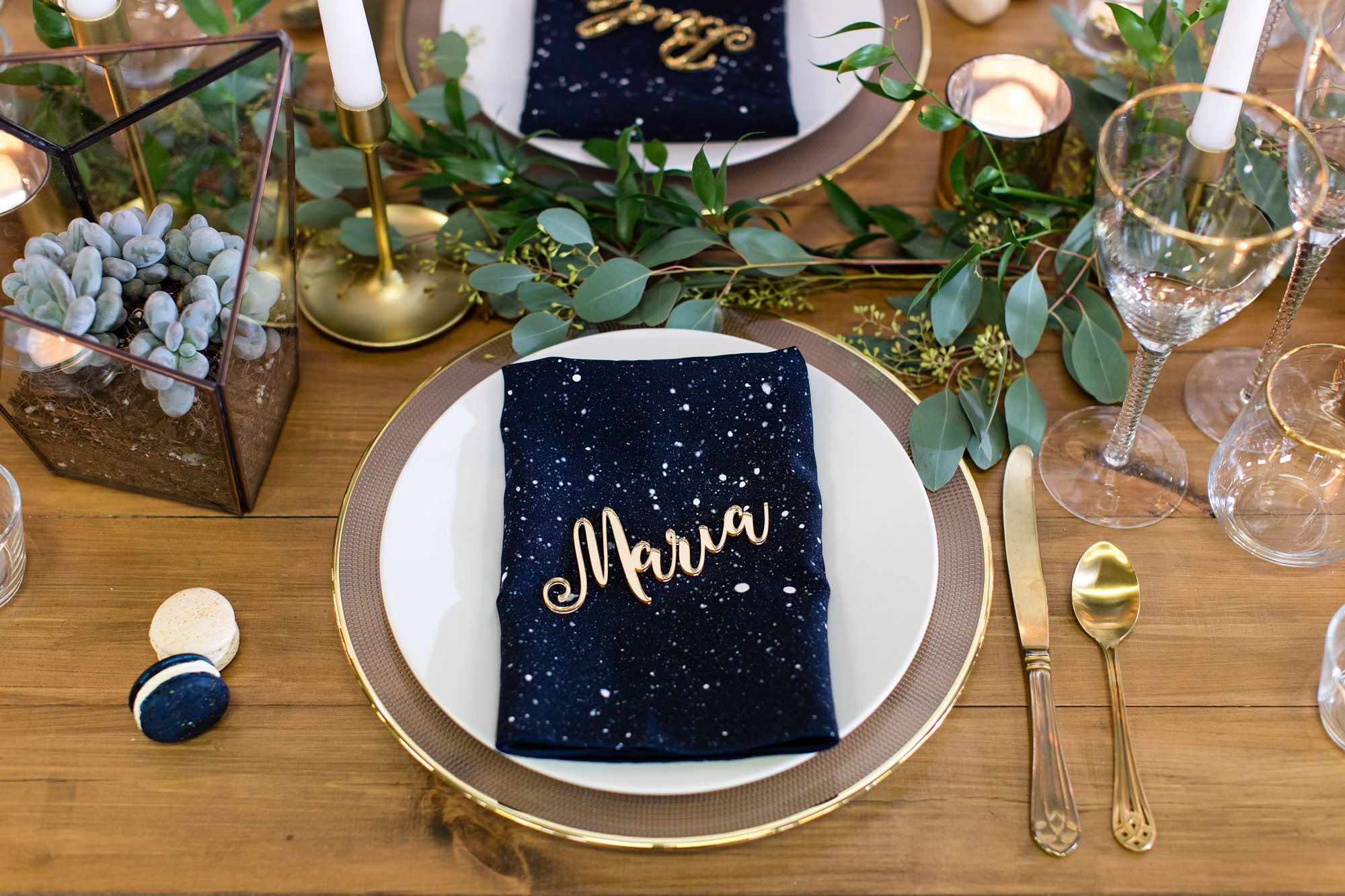 Quirky Yorkshire Wedding Venue River Mills Ballroom stargazing themed tablewear